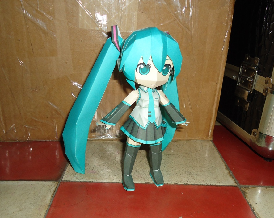 Miku Papercraft by pipubanh