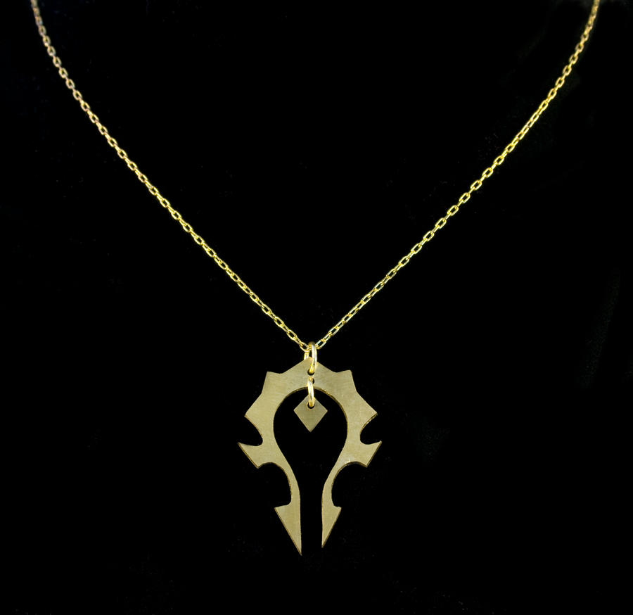 Horde Necklace by obsidiandevil