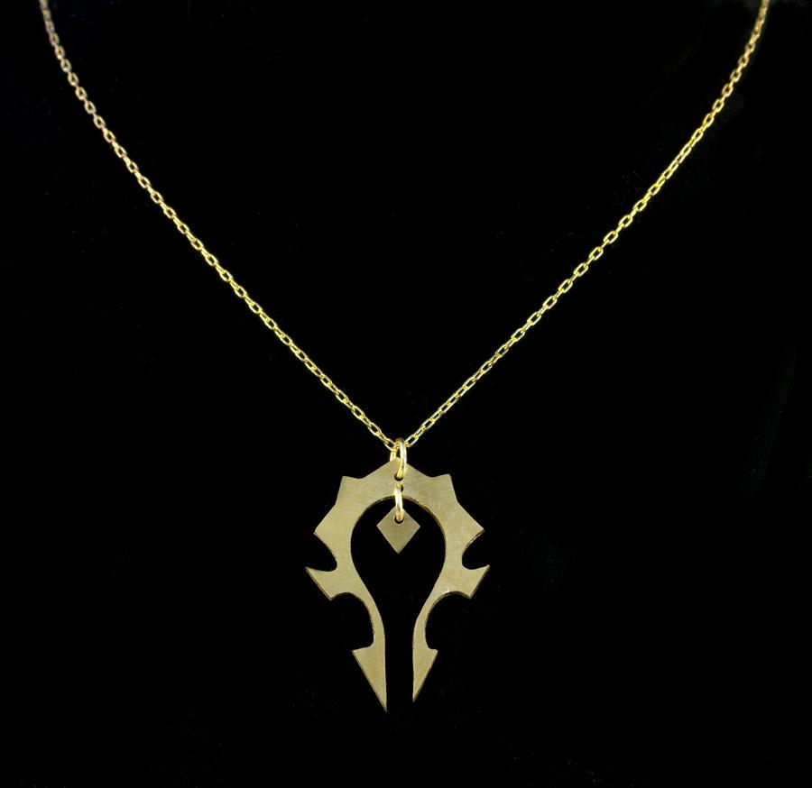 Horde Necklace by obsidiandevil