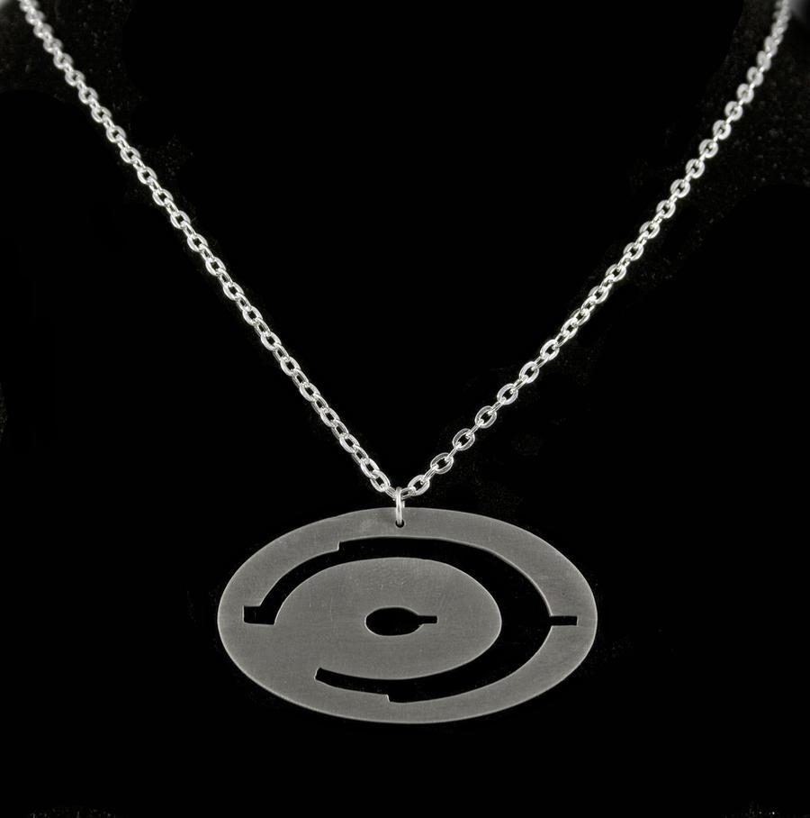 Halo Pendant by obsidiandevil