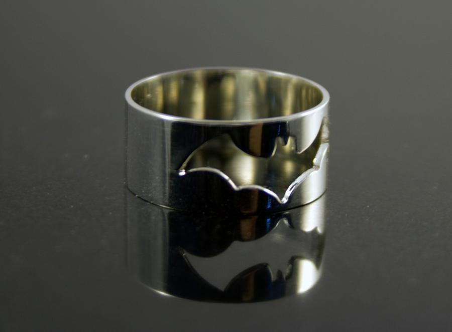 Batman Ring by obsidiandevil