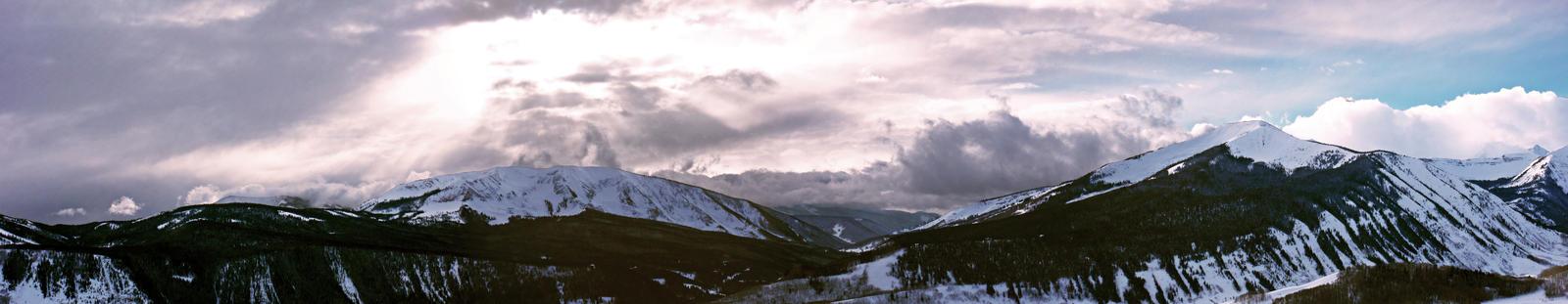 Mountain Sky by Achmetha