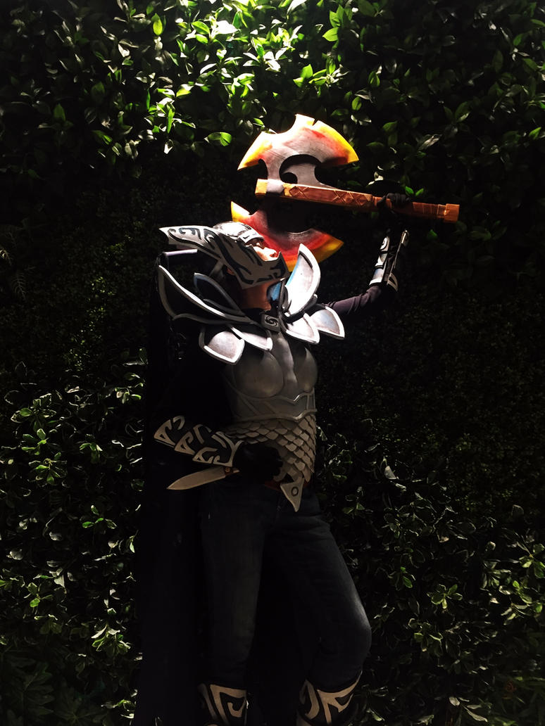 Dota 2: Phantom Assassin Cosplay with Battlefury by lynplicity