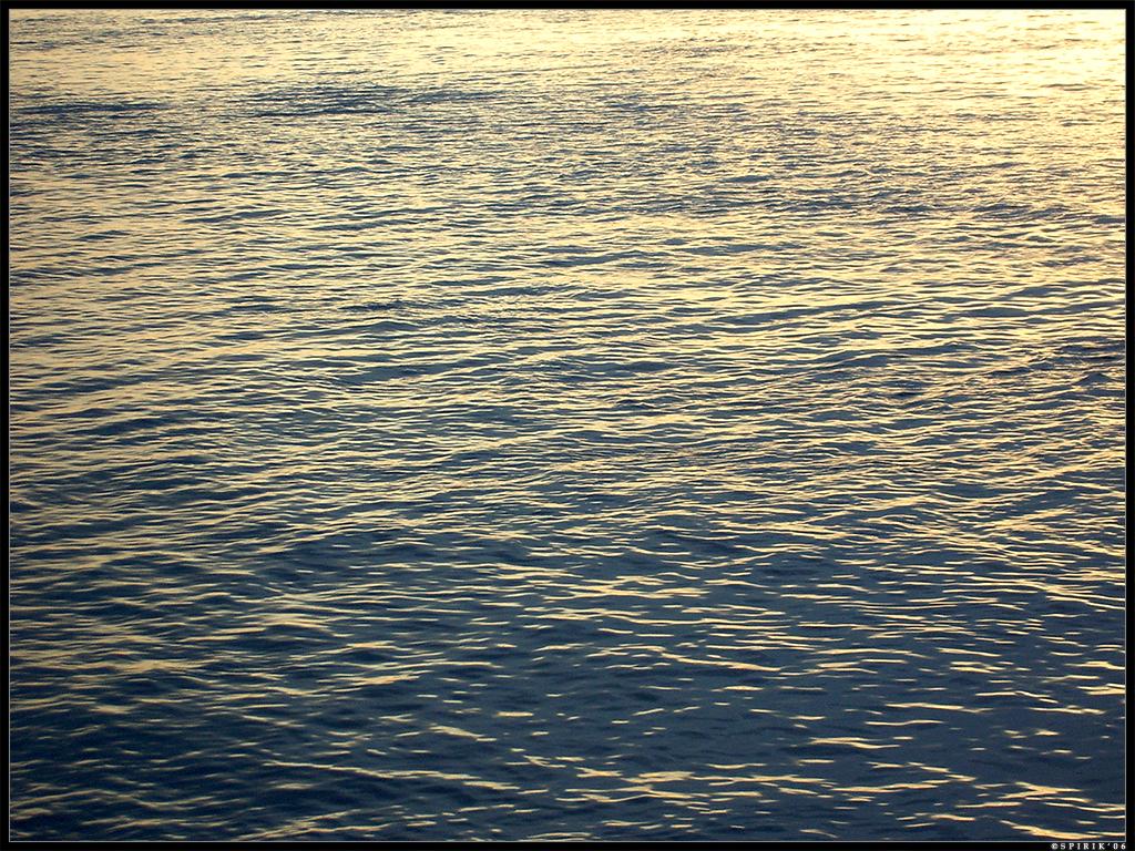 Water by spirik