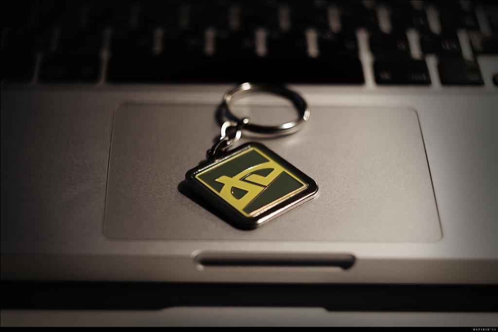 dA Keychain - 01 by spirik