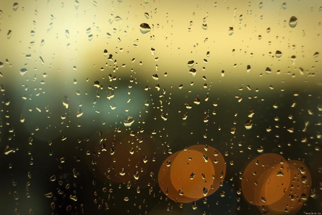 Raindrops - 02 by spirik