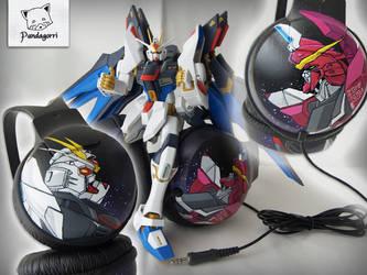 Auriculares Gundam / Gundam headphones by Pandagorri