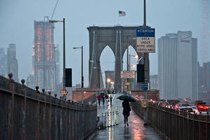 nyc, Brooklyn Bridge at rain