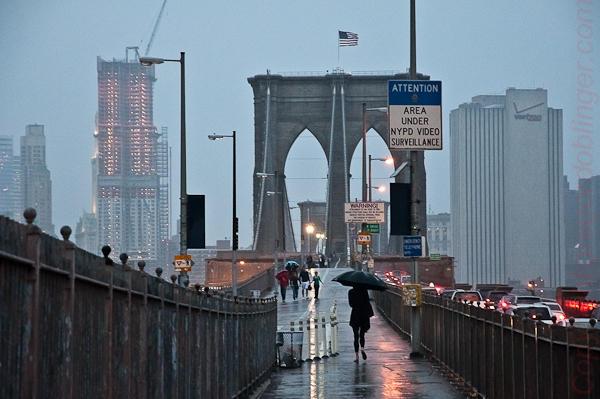 nyc, Brooklyn Bridge at rain