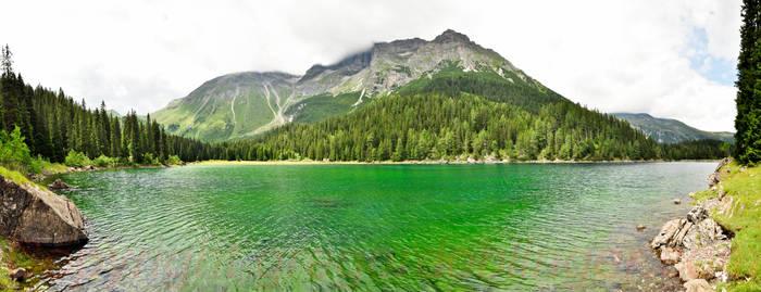 green lake by inkoginko