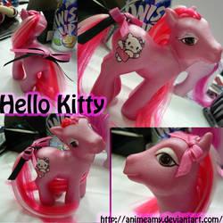 Custom Hello Kitty Pony