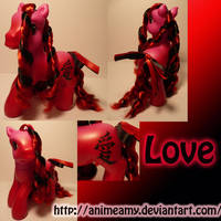 Love Kanji Pony