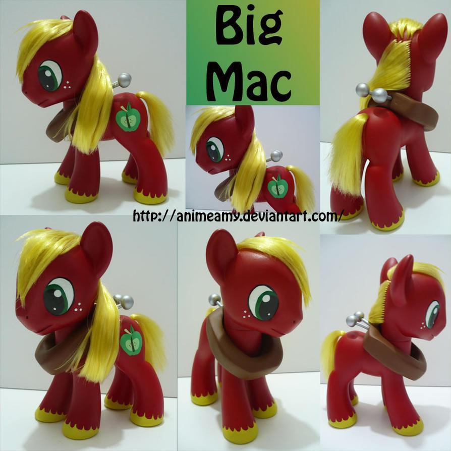 Big Macintosh by AnimeAmy