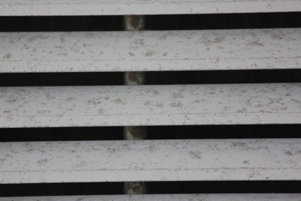 00198 - Horizontal Slats