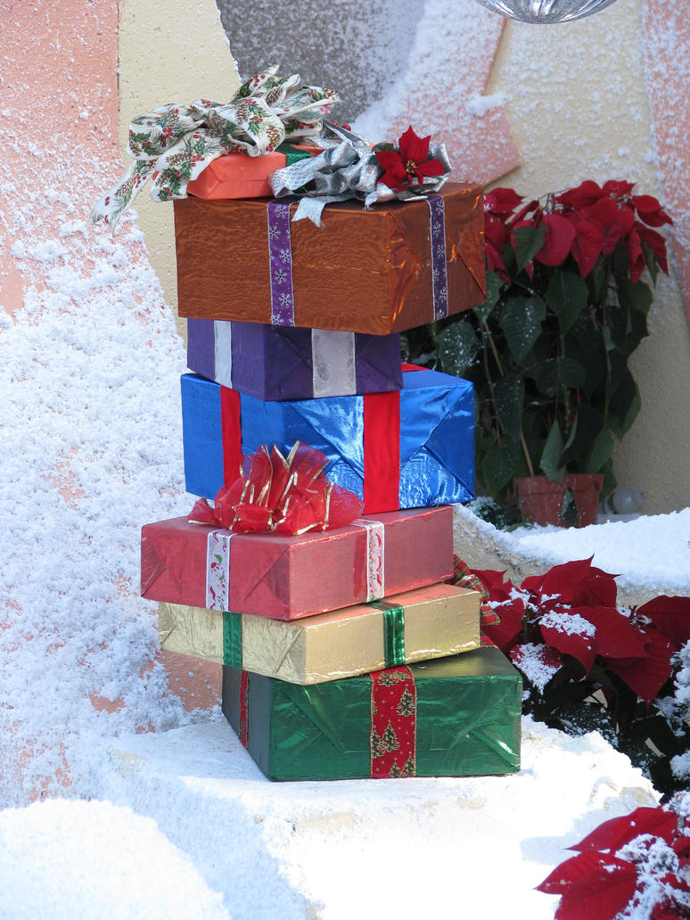 00260 - Stack of Presents by emstock
