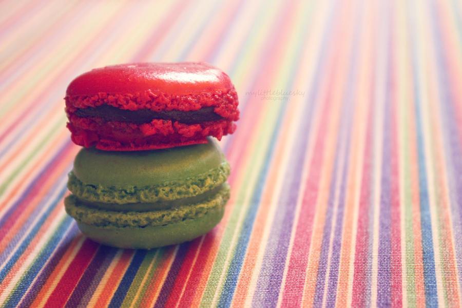 Macarons. by mylittlebluesky
