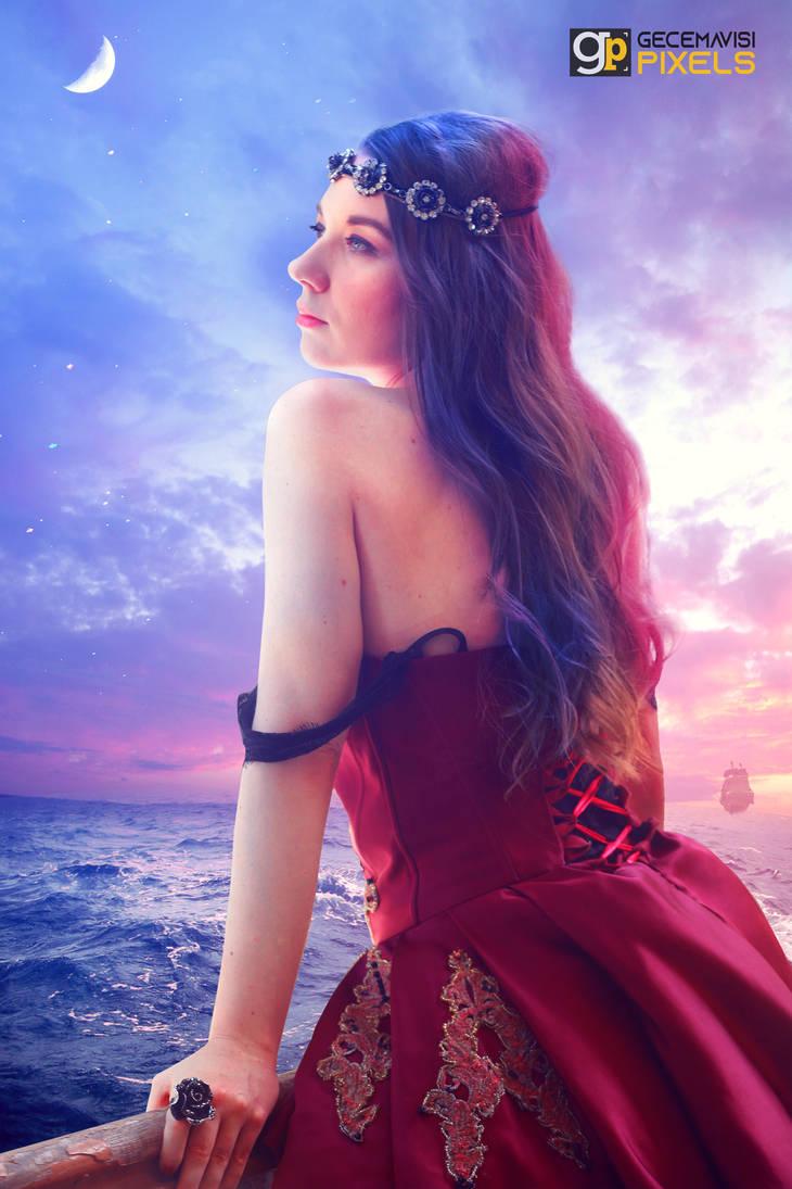 Queen of Colors by gecemavisipixels