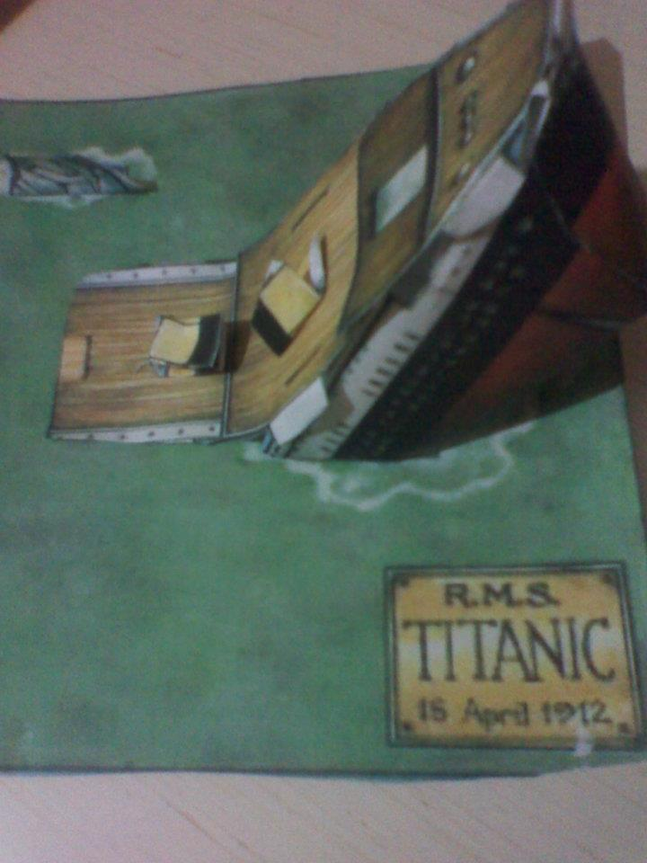 RMS TITANIC SINKING MODEL DIORAMA by MarKZ92 on DeviantArt