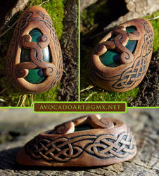 celtic brace by AvocadoArt