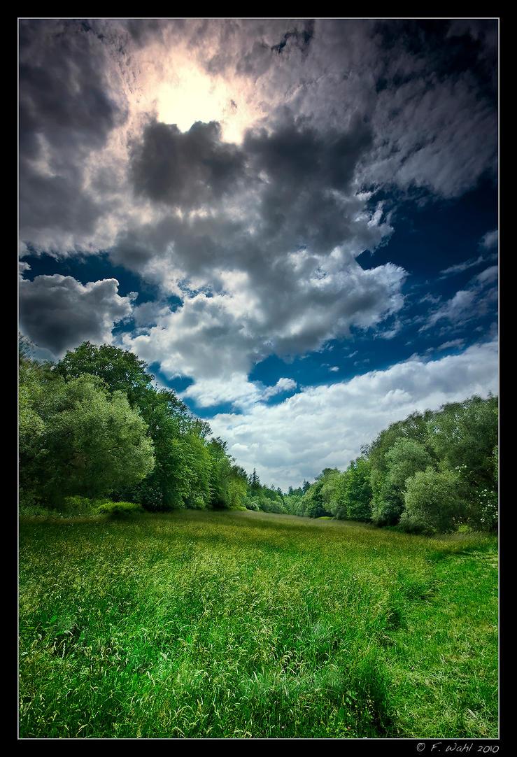 summersky by Eik84