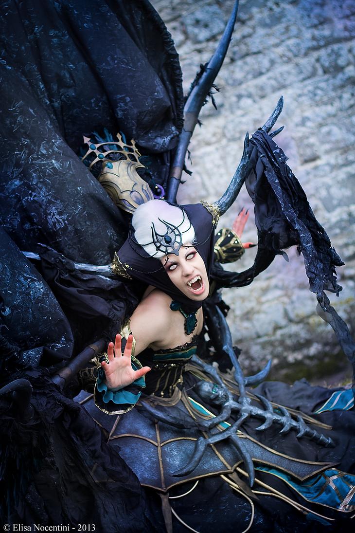 Enira Queen of Banshee - Lineage II by oShadowButterflyo