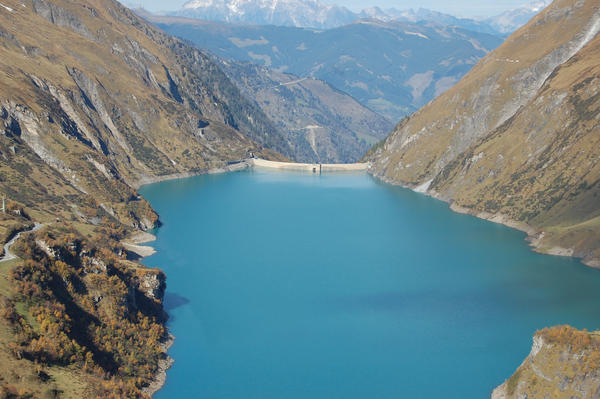 Mountain Lake 2 by ackermaennchen