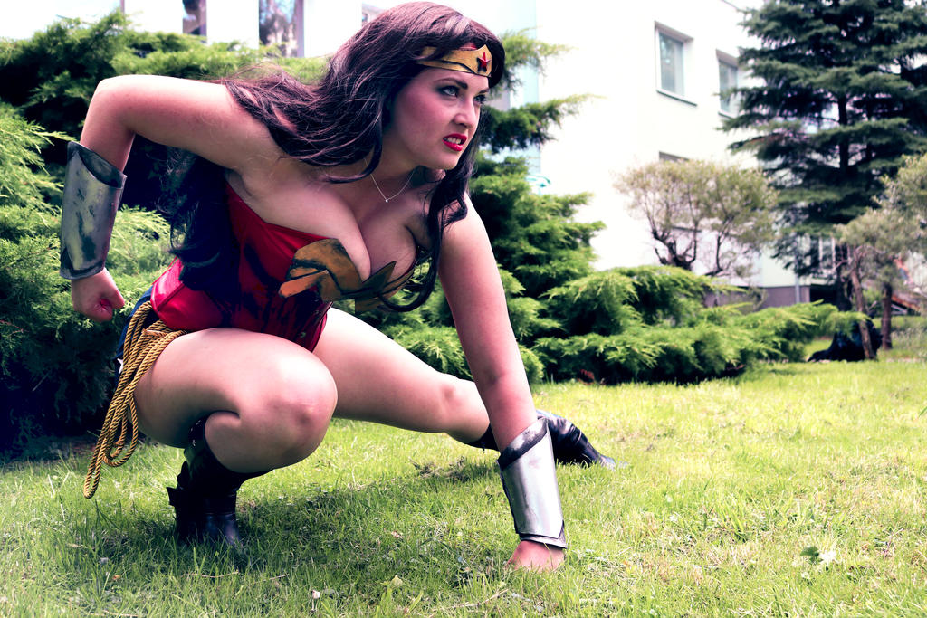 Angry Wonder Woman by Draugwenka