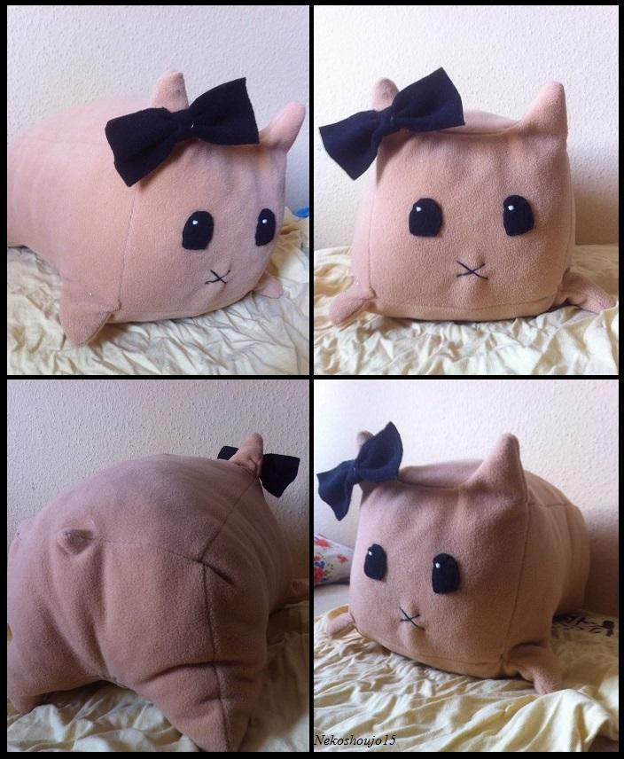 Hamster  Pillow by nekoshoujo15
