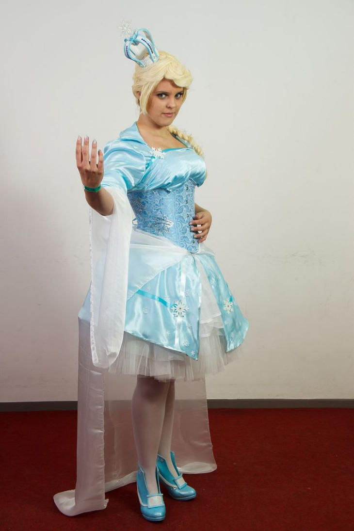 lolita Elsa 2 by nekoshoujo15