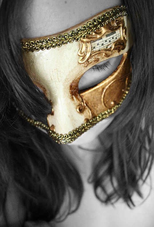 Mask by happyandbleeding