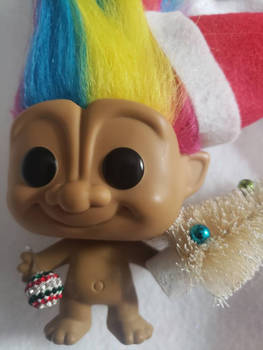 Christmas Rainbow Troll Funkopop