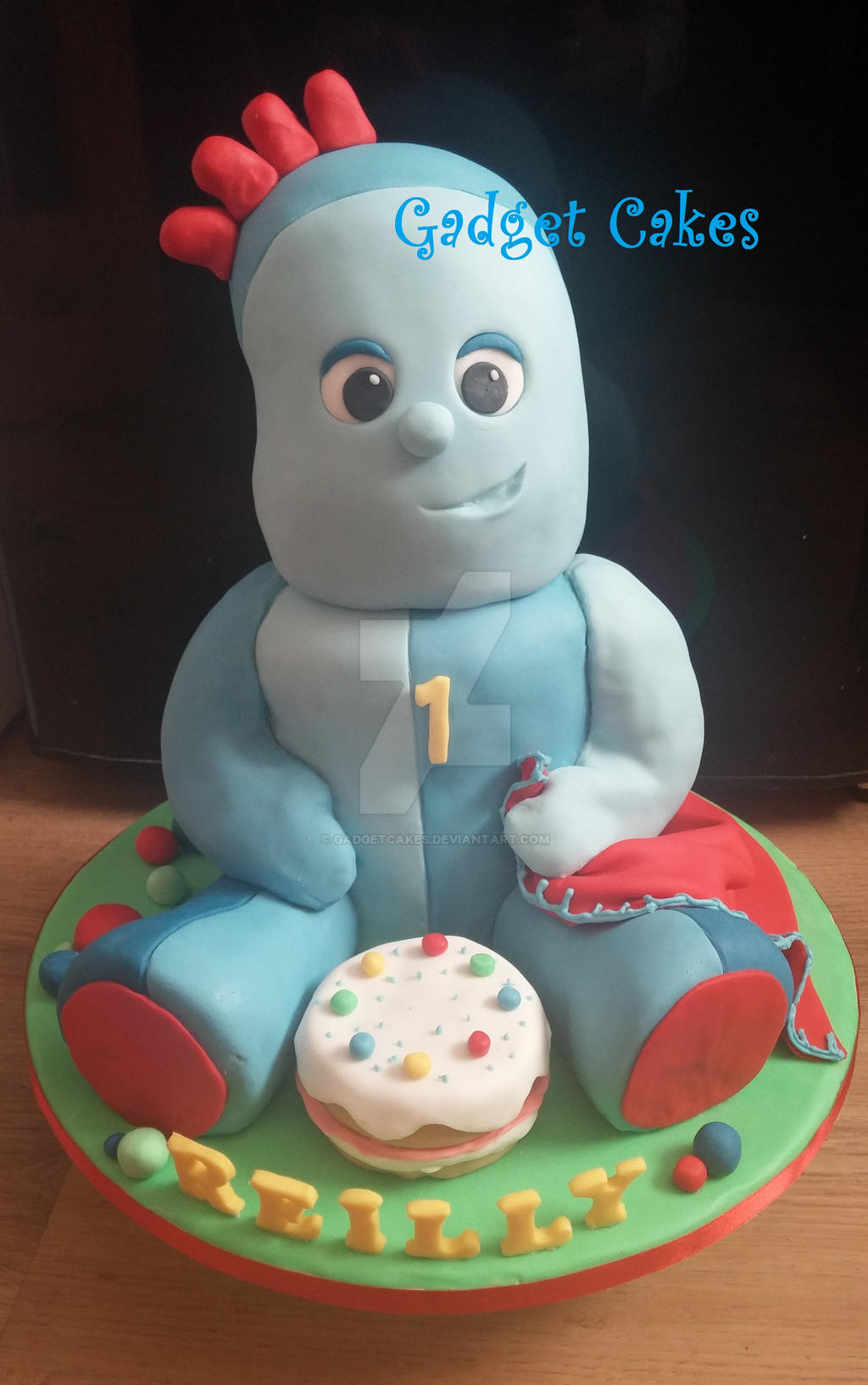 Iggle piggle cake in the night garden by gadgetcakes on for In the night garden cakes designs