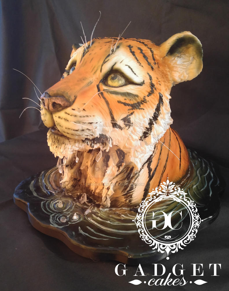 Tiger Cake by gadgetcakes