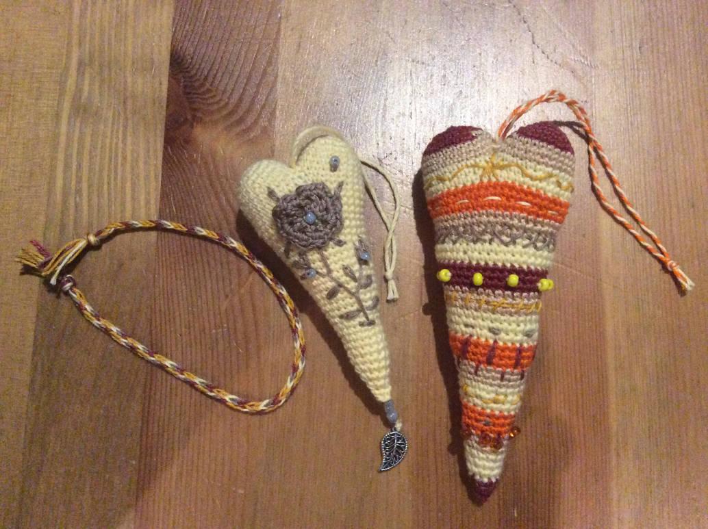 100 hearts project: 28 and 29 by Mamazoya