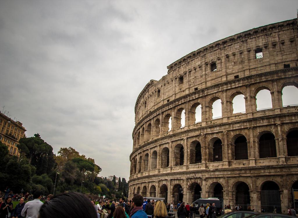 Colosseum by R4xx4r
