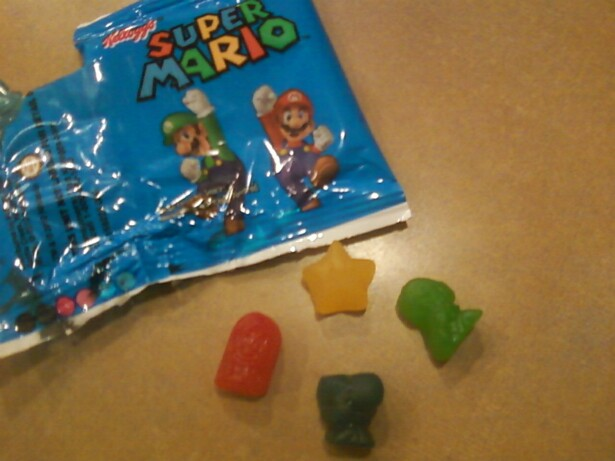 Super Mario Gummies :D by thelustygiraffe