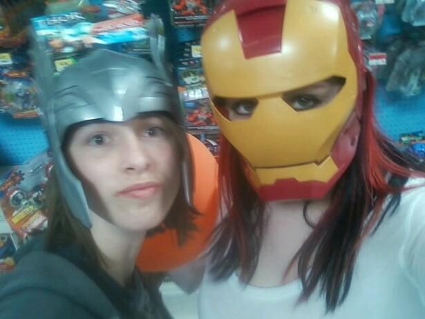 Thor and Iron Man by thelustygiraffe