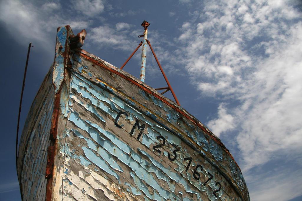 Blue Sky Blue by Smaragdi