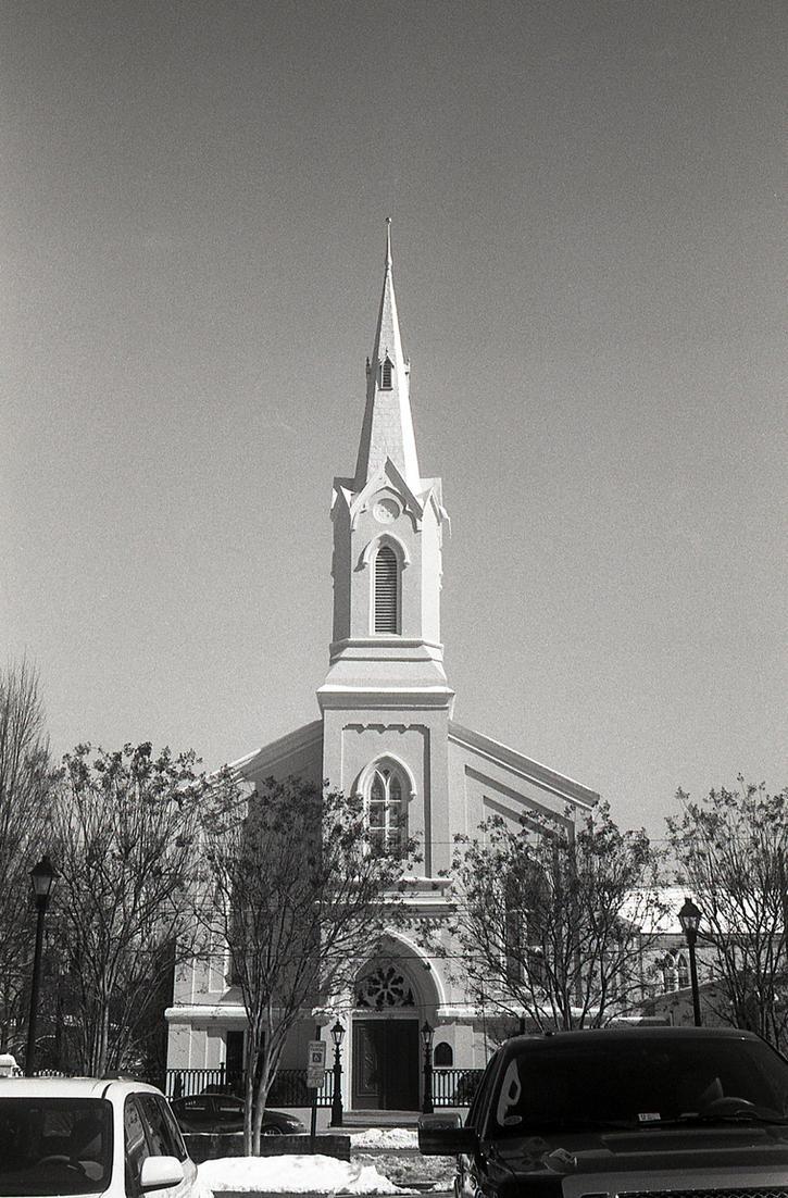 Fredericksburg Baptist Church - Argus C3 by rdungan1918