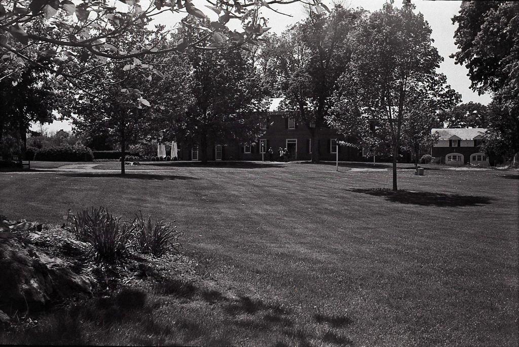 Glen Burnie House - SMENA 8M by rdungan1918