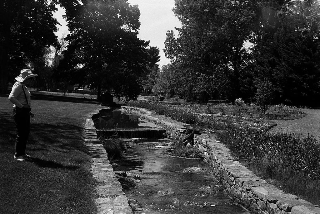 Gardens Glen Burnie House - SMENA 8M by rdungan1918