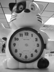 The dime store animal clock by centristok