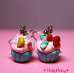 Cupcake earrings2 by tinkypinky