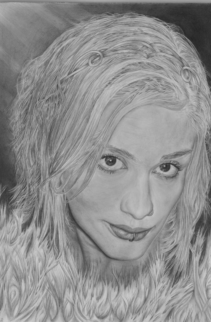 The elven fire queen by Shelfcloud