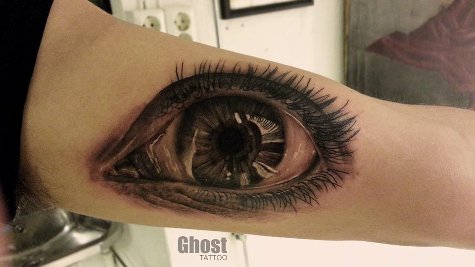 eye realistic tattoo by mil5 on deviantart. Black Bedroom Furniture Sets. Home Design Ideas