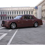 Bentley Arnage in a Courtyard