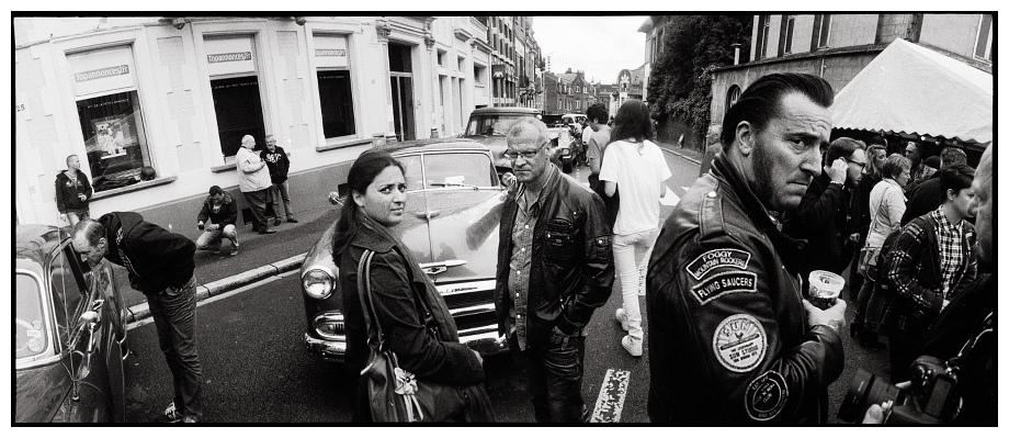 is street photography dangerous? by laurent-conduche