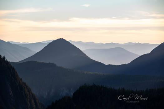 Tatoosh Range-Rampart Ridge