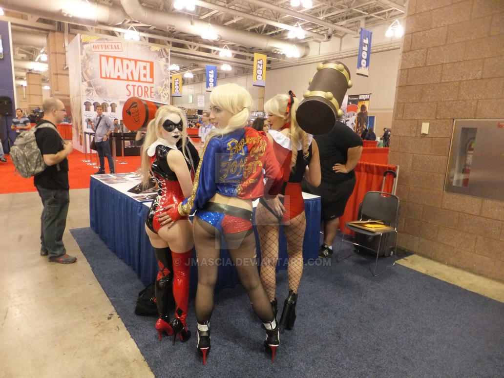Harley Quinn Cosplay Porn Pics