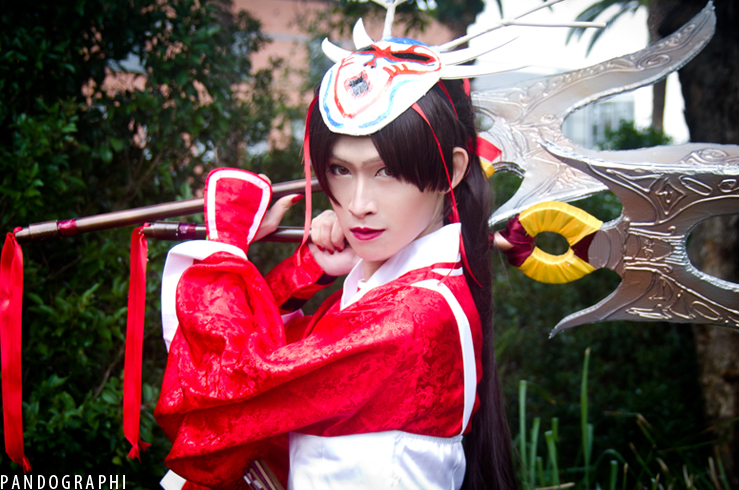 League of Legends - Blood Moon Akali cosplay by dannieh